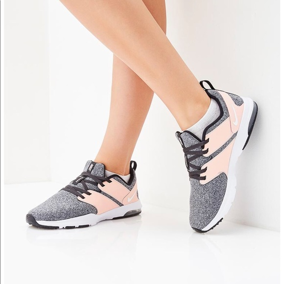 best sneakers 52ce3 917cf NWT Nike Air Bella TR Storm Pink WMNS